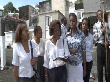 """Martinique, """"La Toussaint à Fort-de-France"""", Midi en France FR3."""