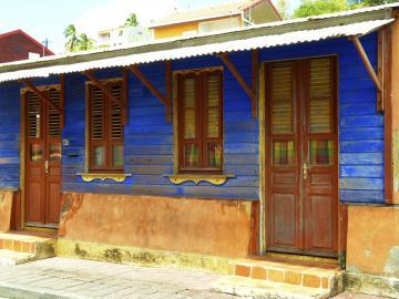 Une maison typique caribéene, haute en couleurs.