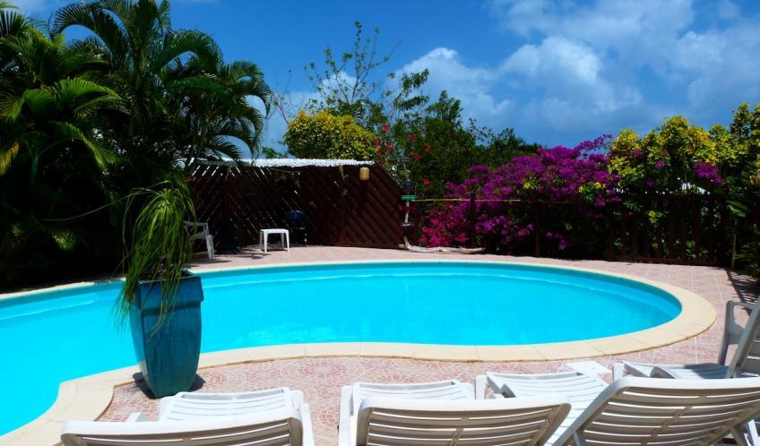La piscine, un endroit pour des instants relaxants.