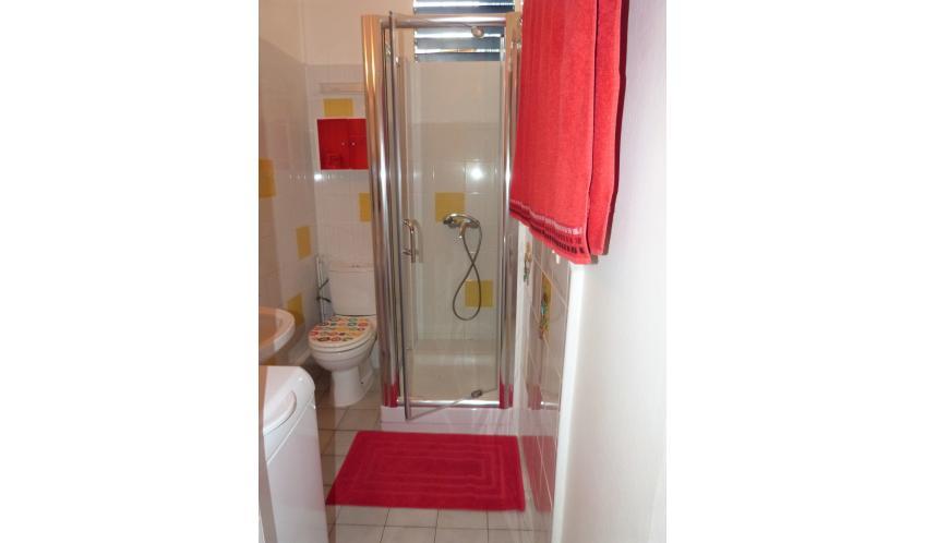 Une nouvelle cabine de douche pour votre plus grand confort.