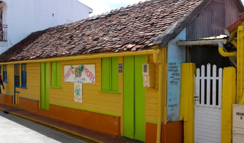 En Martinique, du soleil, des sourires, de la couleur...